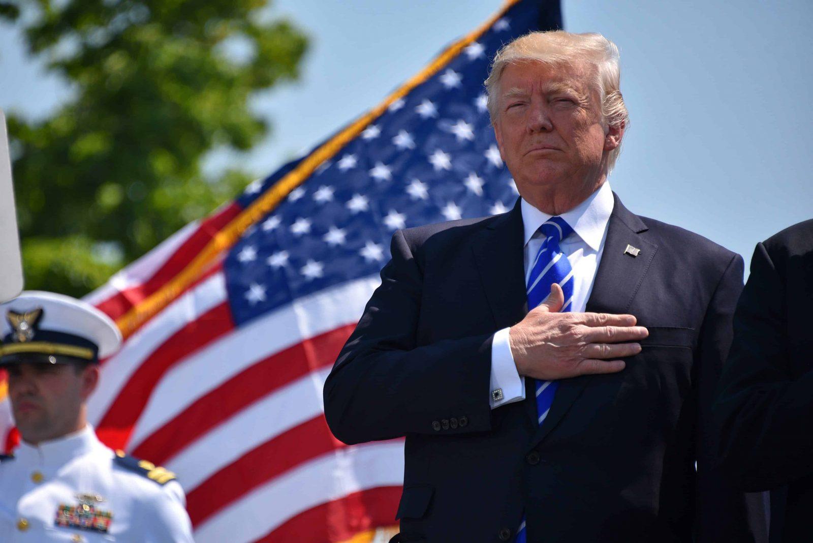 Trump en baisse dans les sondages : l'inquiétude des Américains sur les perspectives économiques
