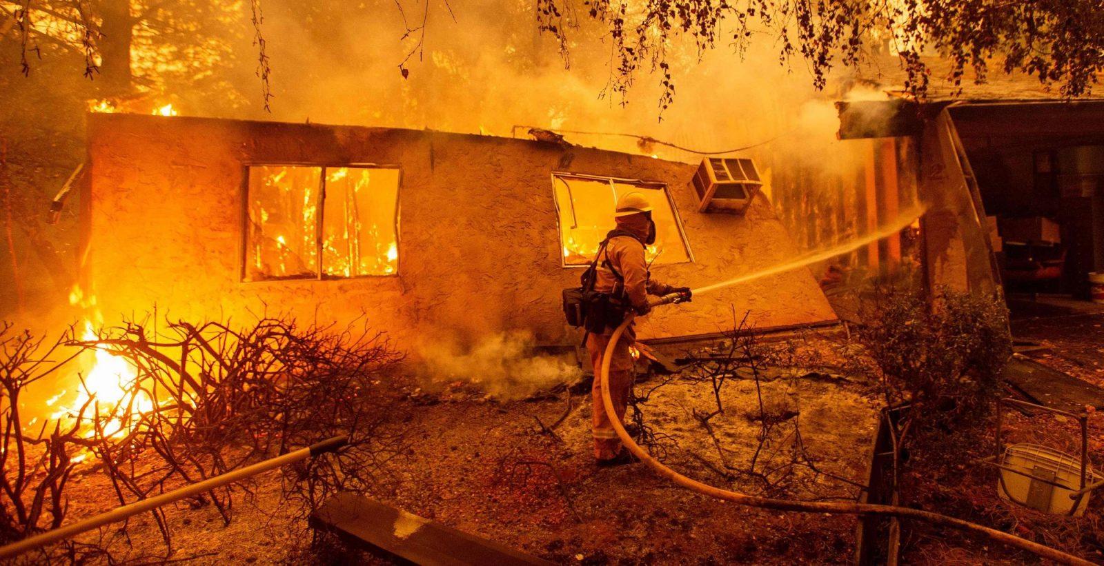 PG&E accusée de contourner la loi suite à des dommages causés par des incendies de forêt