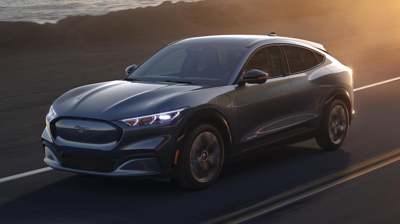 Elon Musk a félicité Ford pour son SUV électrique, le Mustang Mach-E