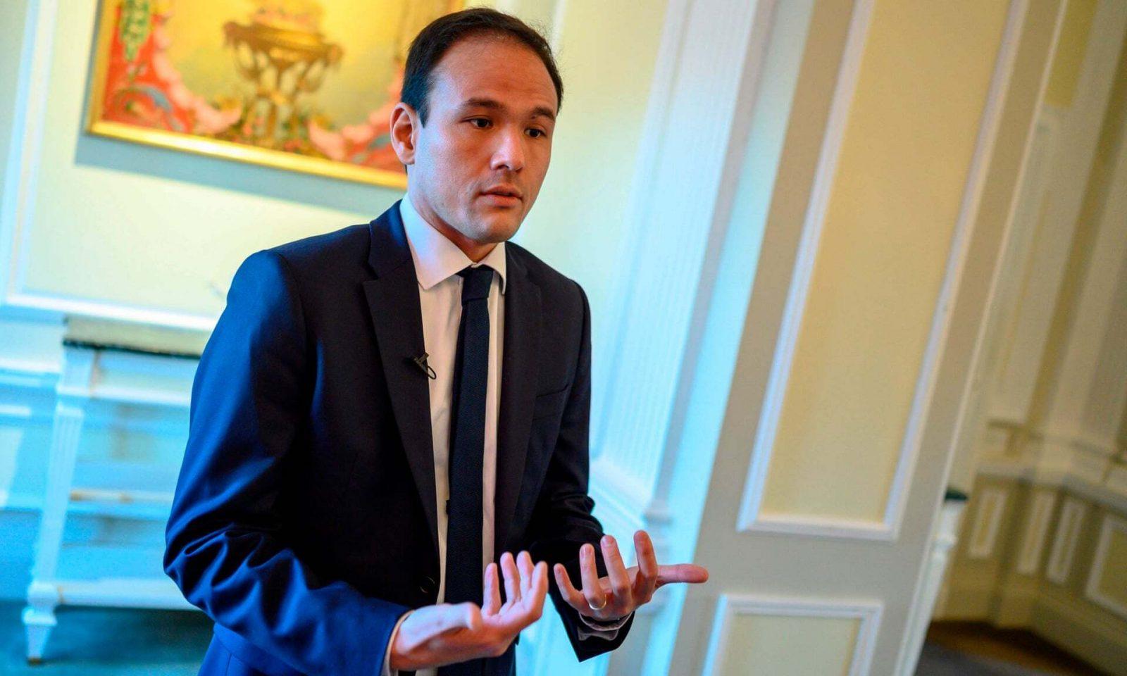 Le ministre chargé du numérique, Cédric O, annonce que la taxe sur les géants du web n'est qu'un début