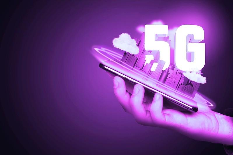 Le plan « Huawei 5G » de Boris Johnson en danger, le Royaume-Uni repensant actuellement ses liens avec la Chine
