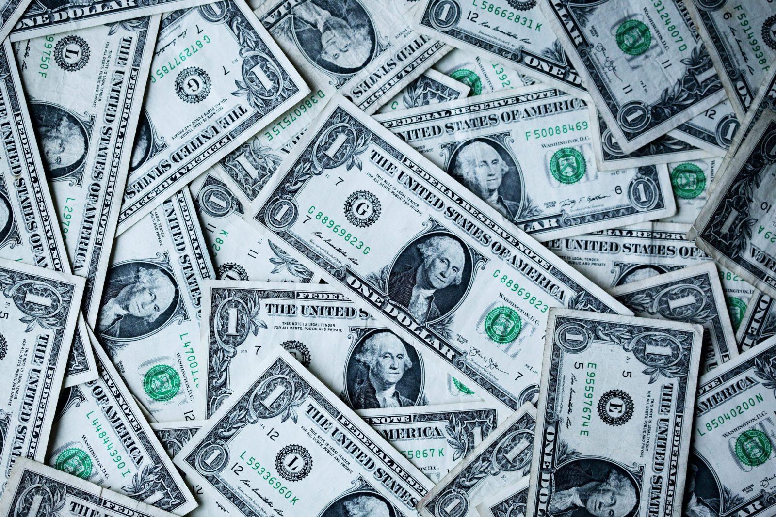 Les banques américaines ont priorisé les grandes sociétés aux petites dans le cadre du budget d'aides aux entreprises