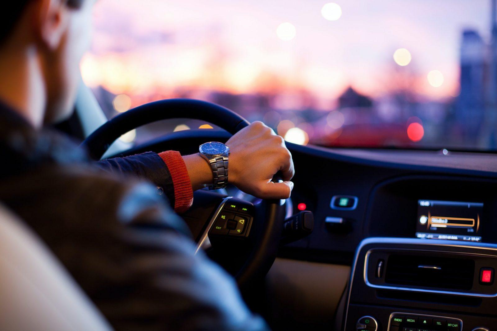 Aux États-Unis, Uber et Lyft sont accusés par leurs chauffeurs de retarder les allocations chômage