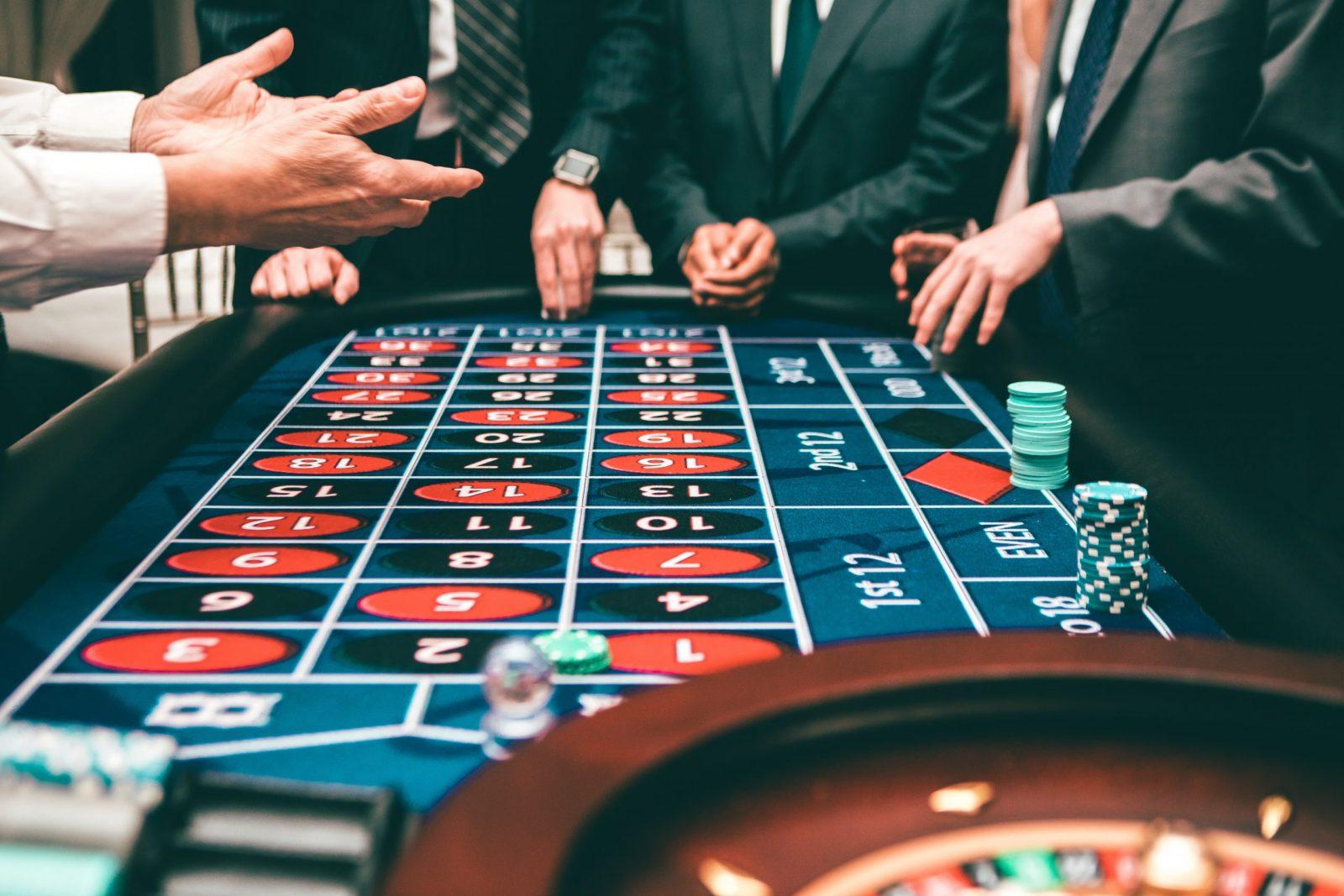 Comment évoluent les casinos en ligne face au COVID-19 ?