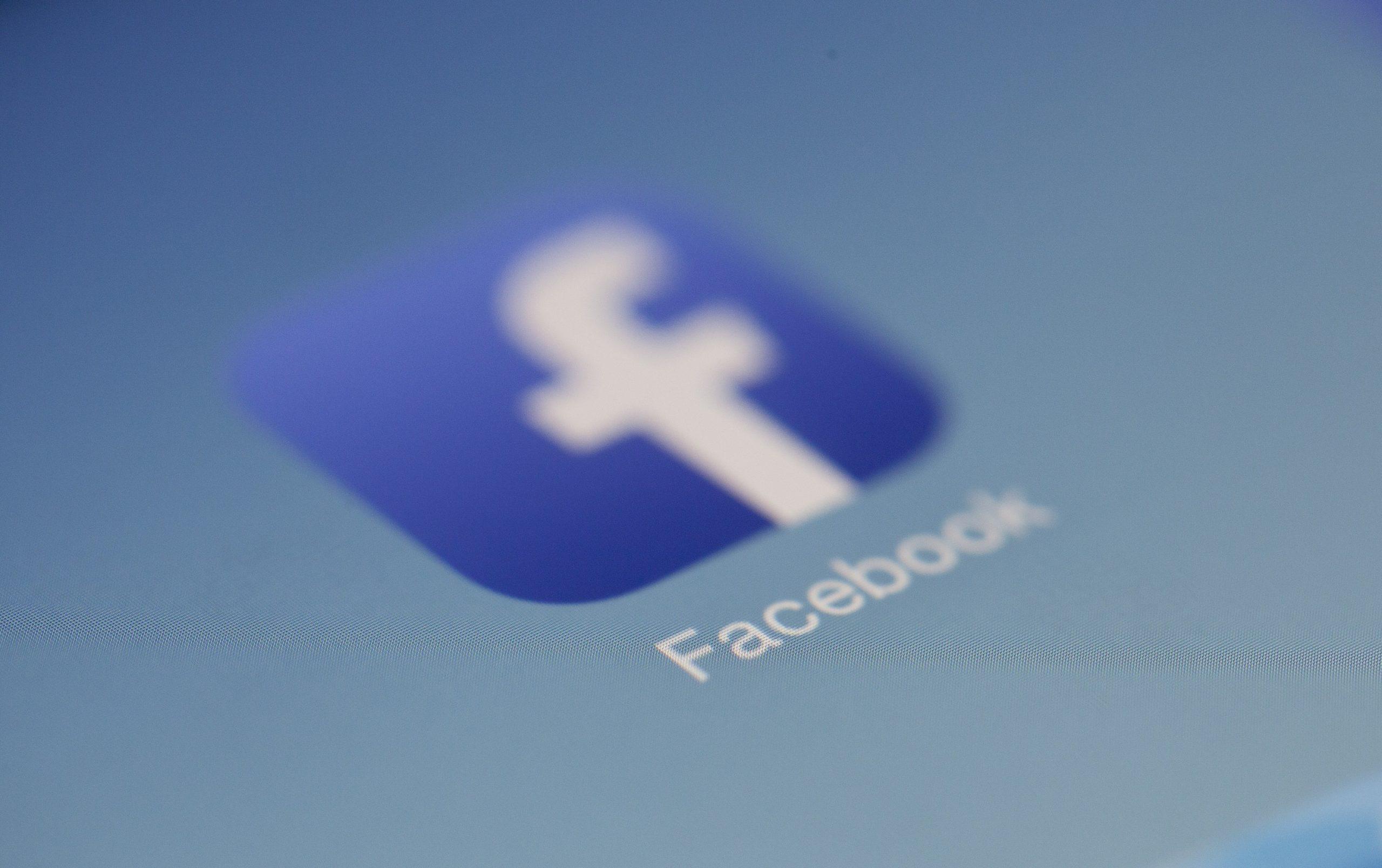 Facebook envisage d'interdire les publicités les jours précédant les élections américaines