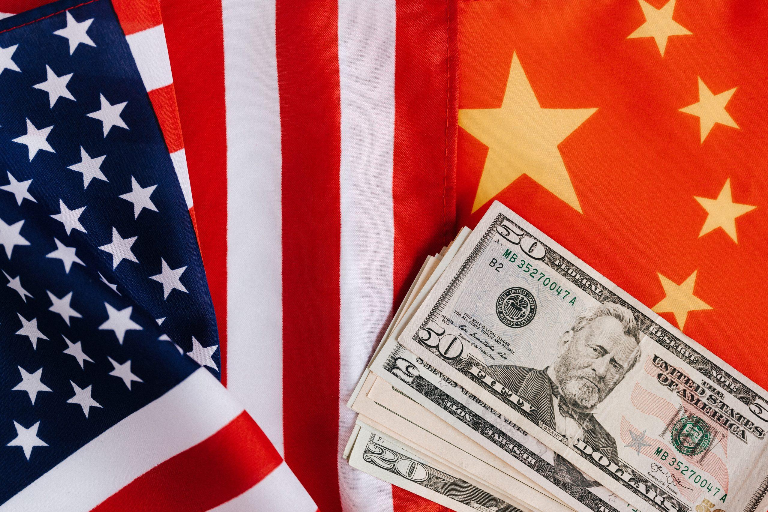 Les États-Unis et la Chine annoncent des progrès sur le commerce, même si d'autres tensions s'aggravent