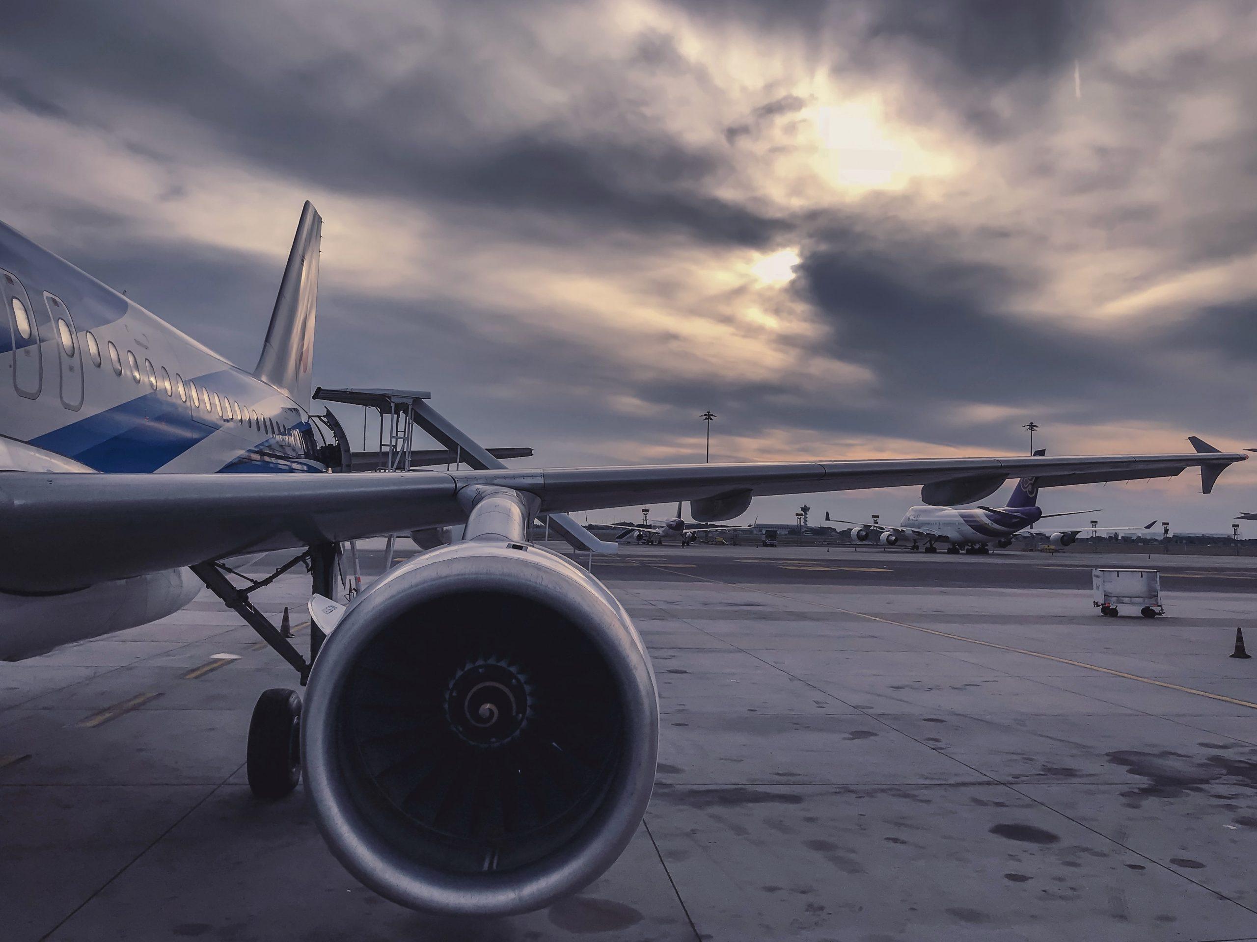 Les compagnies aériennes font preuve de créativité pour gagner de l'argent face aux frontières fermées