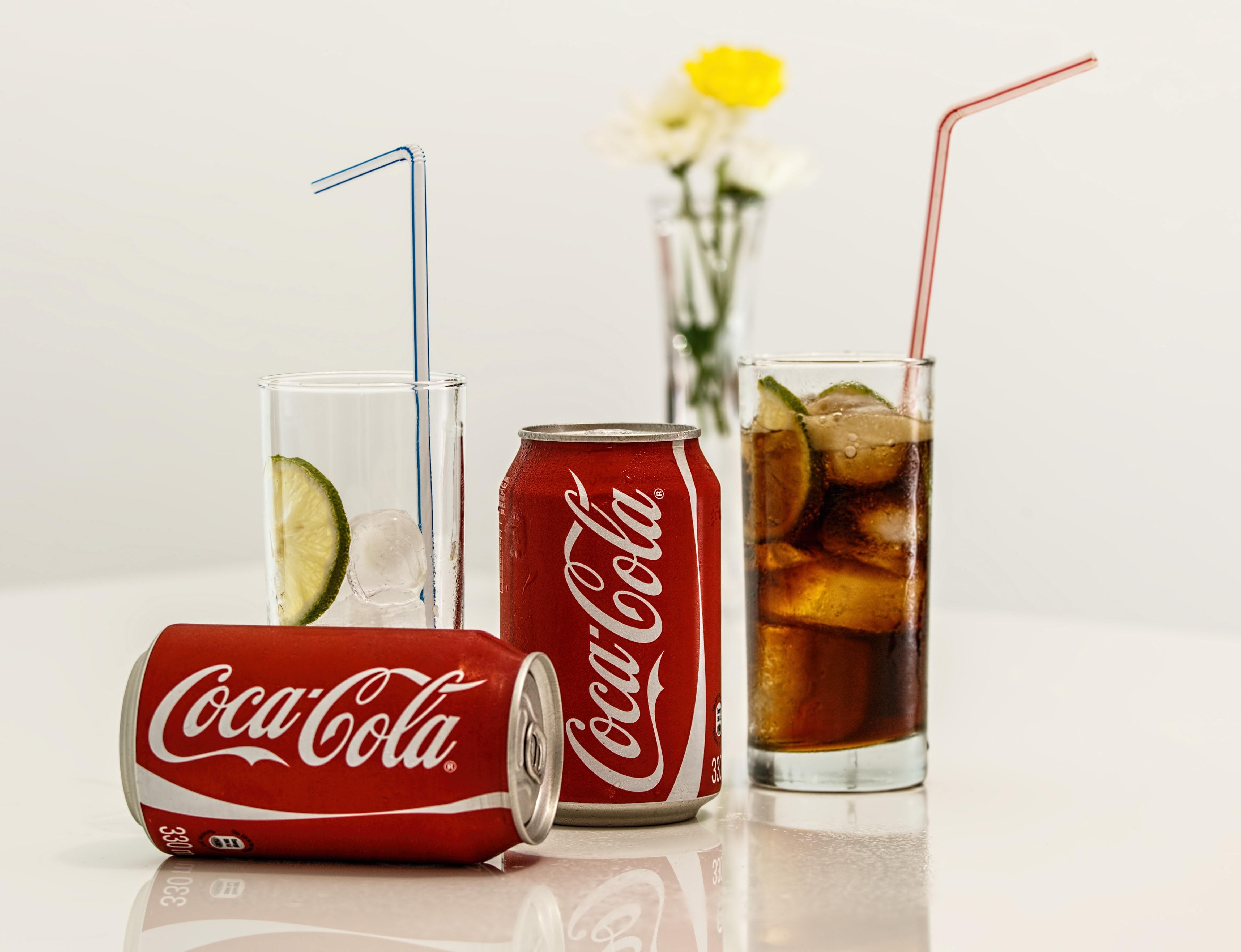 Les recettes de Coca-Cola en tête des estimations, malgré une baisse de 9 % du chiffre d'affaires