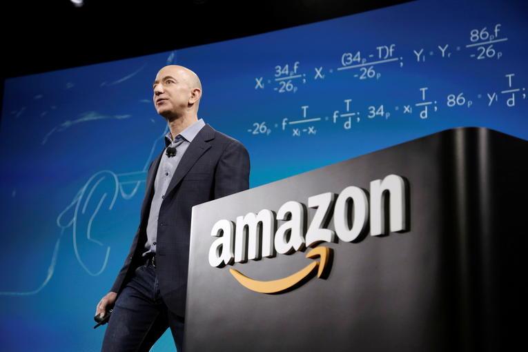 Jeff Bezos quitte son poste de PDG d'Amazon