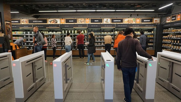 Amazon lance le premier magasin sans caisse d'Europe