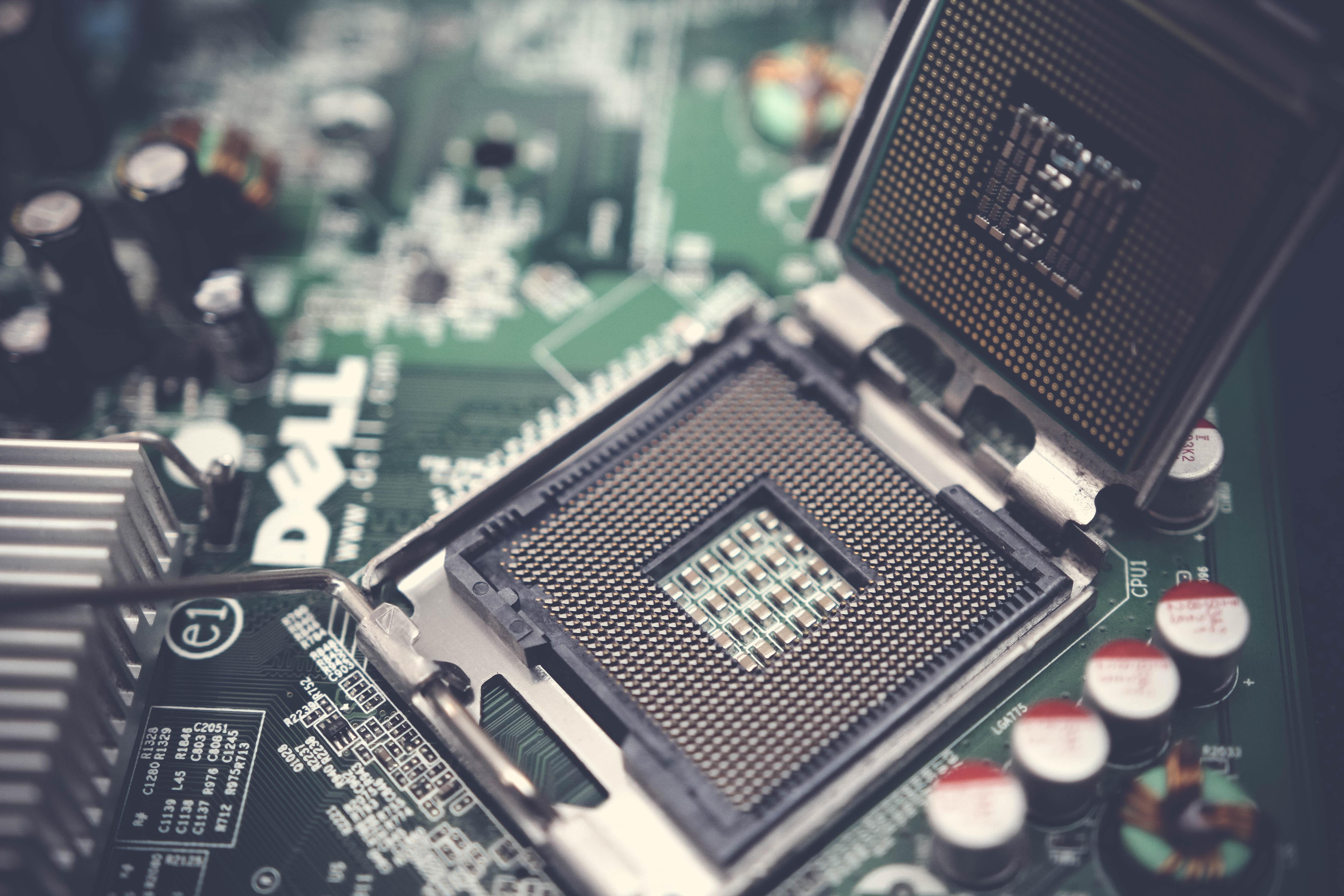 La puce électronique, composant le plus recherché au monde