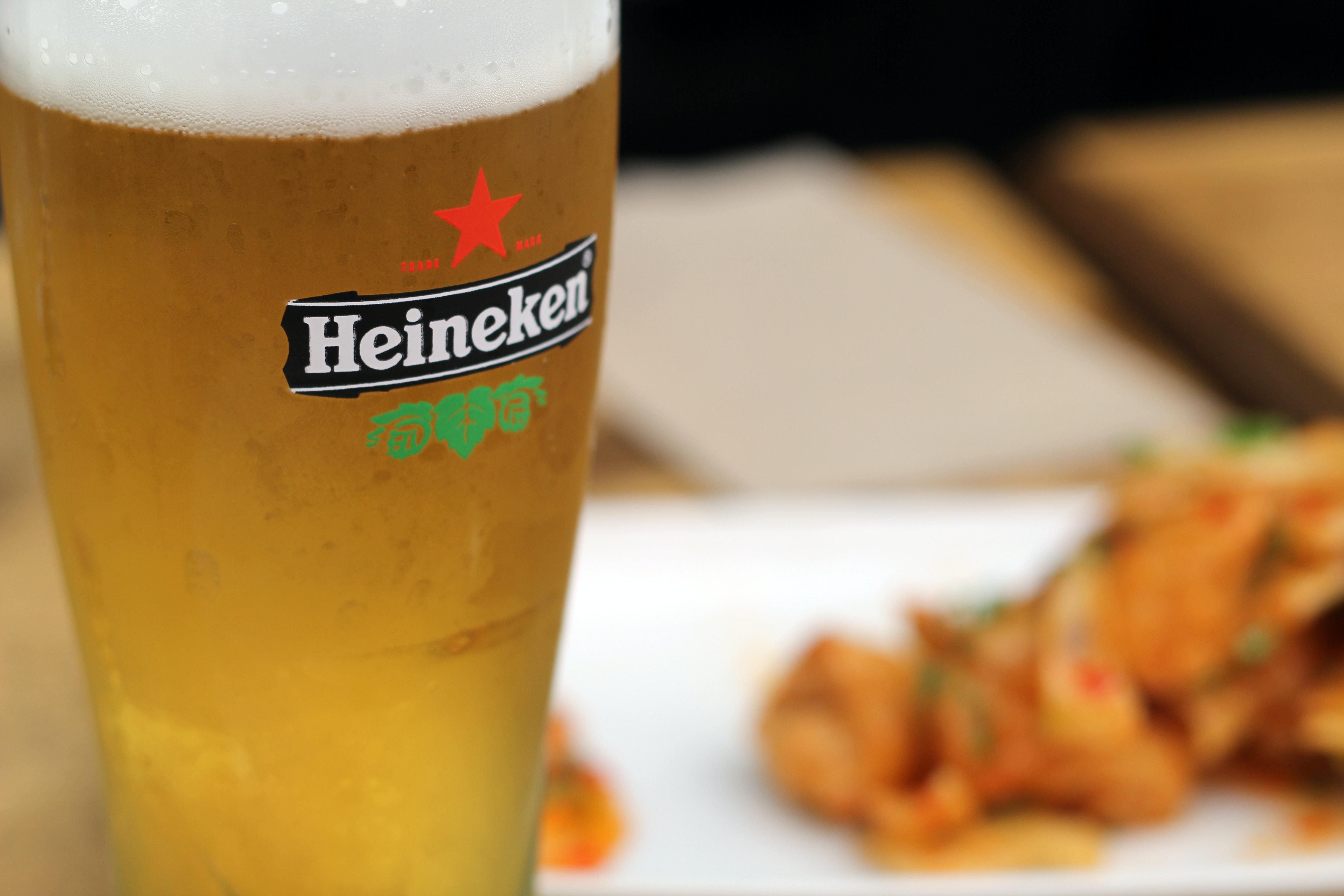 Les indemnités de l'ancien PDG d'Heineken inquiètent les investisseurs