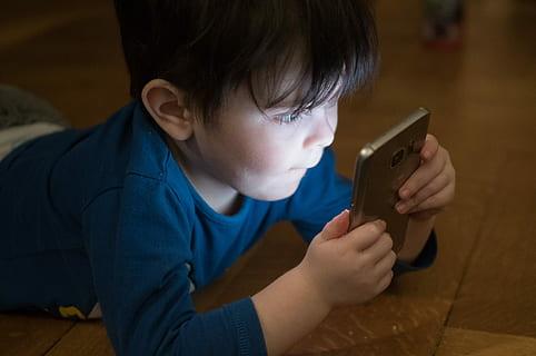 Les enfants chinois limités à 3h de jeu vidéo par semaine