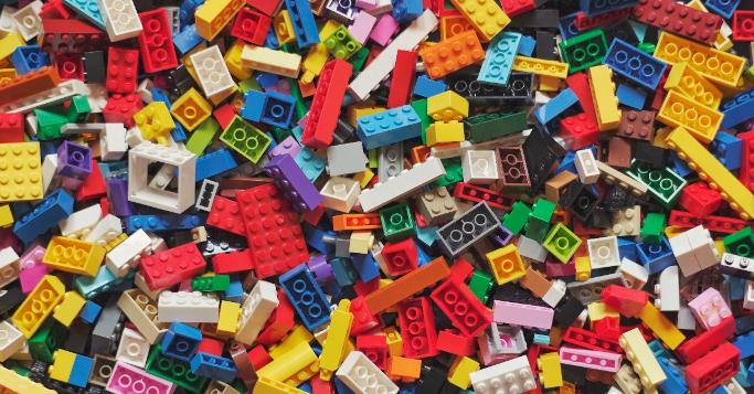 Lego symbole de réussite d'un modèle de gestion à long terme